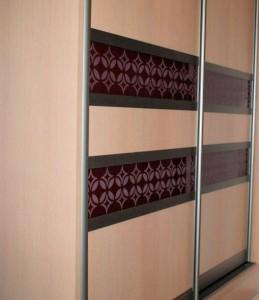Szafa Lublin - Vena  - ręcznie rysowany wzór jest wypiaskowany wzór na szafie